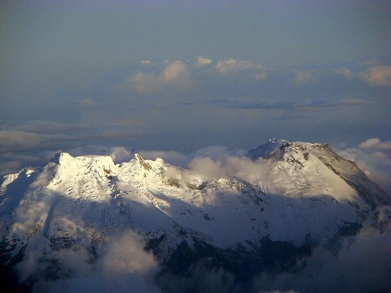 File:Volcan Huila 9-12-2008 (1).jpg