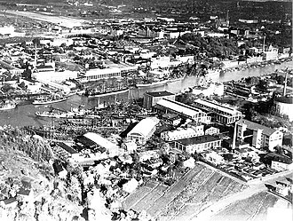 Andrée & Rosenqvist - Wärtsilä Crichton-Vulcan in 1948. The former Andros buildings are on the row left side foreground, between the docks and small houses.