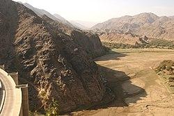Wadi najran dam.jpg