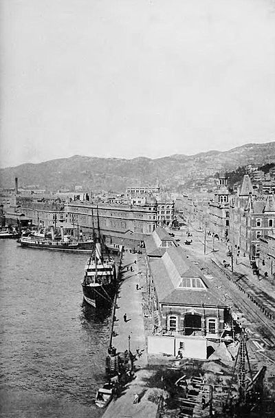 Wellington waterfront-part 2 - Picturesque New Zealand, 1913.jpg