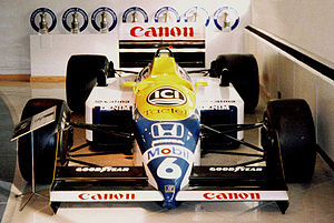 Williams F1 FW11 Crop.jpg