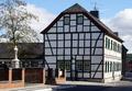 Witterschlick Fachwerkhaus (02).png