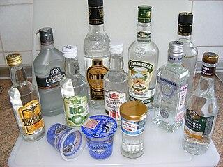 320px-Wodkaflaschen.JPG