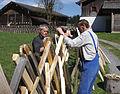 Zaunreparatur beim Museum Arlerhof in Abtenau 23.JPG