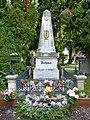 Zentralfriedhof Wien Grabmal Ludwig van Beethoven.jpg