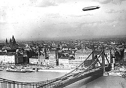 Zeppelin above Budapest in 1931