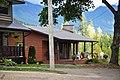 '10 New Denver rental cottage - panoramio (1).jpg