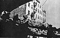 Żołnierze I Armii Wojska Polskiego podczas walk ulicznych na Pradze.jpg