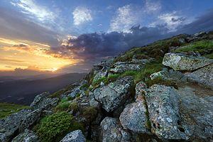 Захід сонця на горі Попіван.jpg