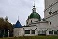Ограда с воротами (Владимирская область, Петушки, село Леоново) DSC 6040 1 680.jpg
