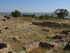 Greeks in Ukraine - Image: Остатки древней Тиры