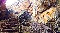 درب غار و پله های ورودی غار بارنیک - panoramio.jpg
