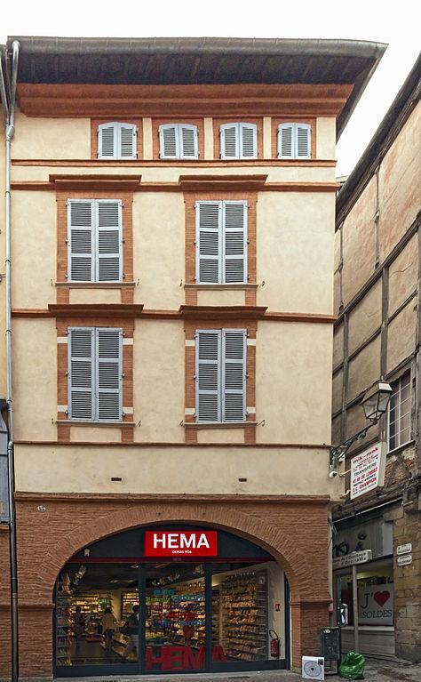 Rue Des Lys Puget Ville