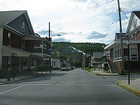 1792 - Roaring Spring - Main St at Grand St.JPG