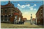18652-Kamenz-1915-Kaserne des 13. Königlich Sächsischen Infanterie-Regiment Nr. 178 - Haupteingang-Brück & Sohn Kunstverlag.jpg