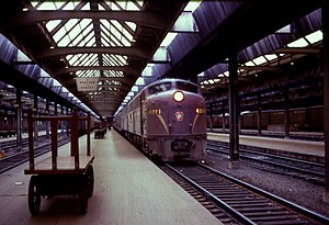 Union Station (Pittsburgh) - PRR train at Pittsburgh Union Station, 31 March 1968
