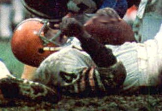 Leroy Kelly - Kelly playing for the Browns in 1971