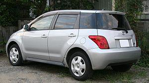 Toyota ist - Toyota ist (1st generation)