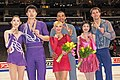 2009 World Championships Pairs - Podium - 7103a.jpg