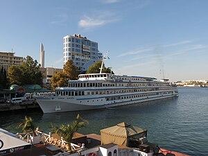 2012-09-14 Севастополь. Речное круизное судно «Зірка Дніпра».jpg
