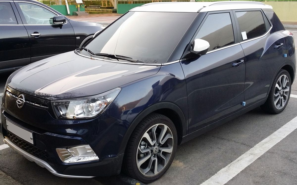 4 Roues Motrices >> SsangYong Tivoli — Wikipédia