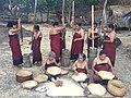 2015 Baha Liurai - Frauen mahlen Reis.JPG