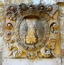 Schlosswappen von Clemens August am Brauhaus Ruthe in Sarstedt, Ortsteil Ruthe (Quelle: Wikimedia)