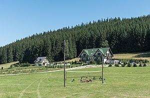 Janowa Góra - Image: 2016 Domy w Janowej Górze