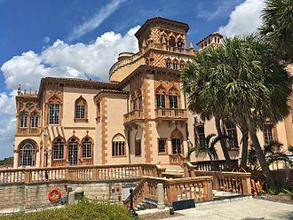 Ca' d'Zan - Bay front façade of Ca' d'Zan