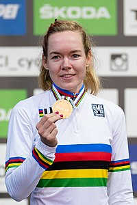 20180929 UCI Road World Championships Innsbruck Women Elite Road Race Award Ceremony 850 1502.jpg