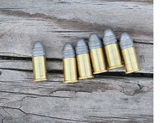 Smith & Wesson Model 1 1/2 - Image: 32 Smith and Wesson Rimfire
