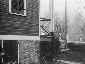 File:A Trap for Santa Claus (1909) .webm
