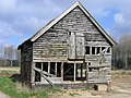 A frayed barn, Thurton - geograph.org.uk - 148916.jpg