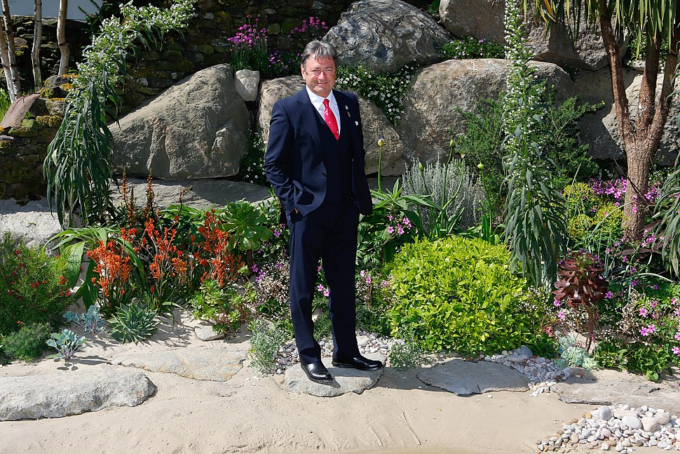 Alan Titchmarsh and his Britain in Bloom Garden