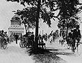 Amerikanischer Photograph um 1897 - Fahrradfahrer am Riverside Drive (Zeno Fotografie).jpg