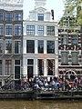 Amsterdam - Koninginnedag 2012 - House on Oudezijds voorburgwal.JPG
