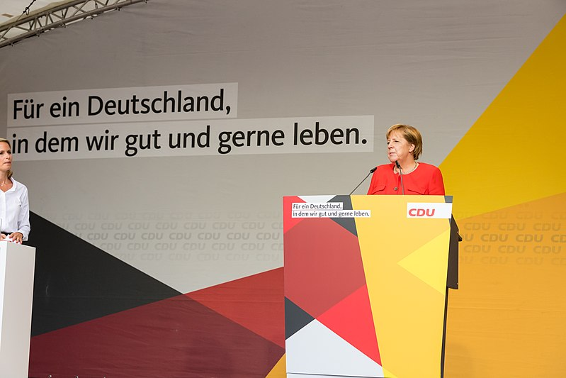 File:Angela Merkel - 2017248170552 2017-09-05 CDU Wahlkampf Heidelberg - Sven - 1D X MK II - 107 - AK8I4360.jpg