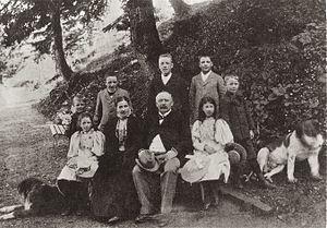 Anton Bon - Anton Bon and family