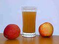Apple juice with 2apples.jpg
