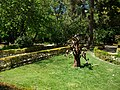 Arbre metàl·lic jardí botànic de València.JPG
