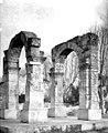 Arc antique - Ensemble - Cavaillon - Médiathèque de l'architecture et du patrimoine - APMH00000596.jpg