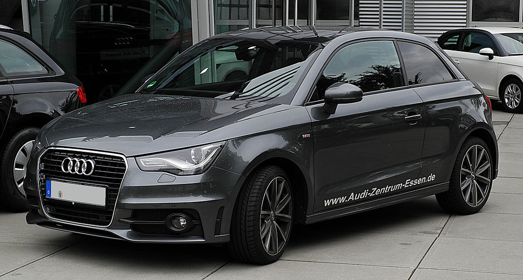 file audi a1 1 4 tfsi ambition s line frontansicht 3 juli 2011 wikimedia commons. Black Bedroom Furniture Sets. Home Design Ideas