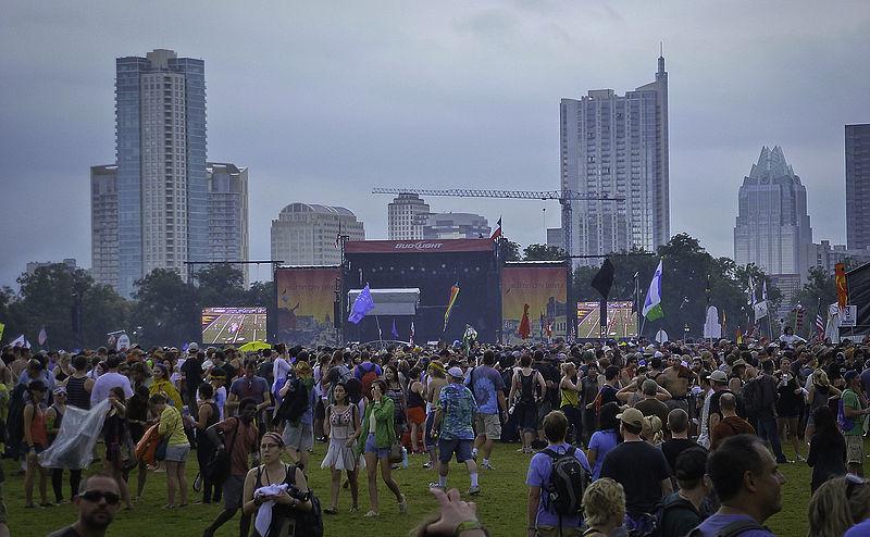 File:Austin City Limits Music Festival 2012.jpg