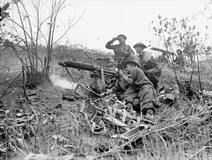 Australian machine gunners on Borneo in 1945 (AWM 110829).jpg