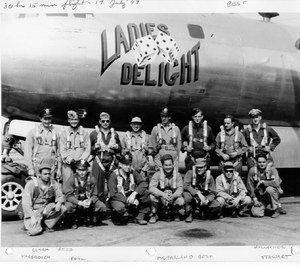 B-29 45-21869 Ladies delight - 46th Recon Squadron - 1947.png