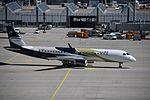 B-3203 (27077580321).jpg