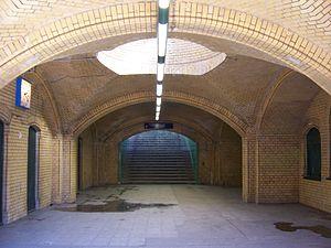 Eichborndamm station - Hallway under the platform