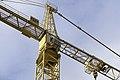 Baukran an der Spitze in Halle Saale Innenstadt beim Bau des neuen Finanzamtes - panoramio (1).jpg