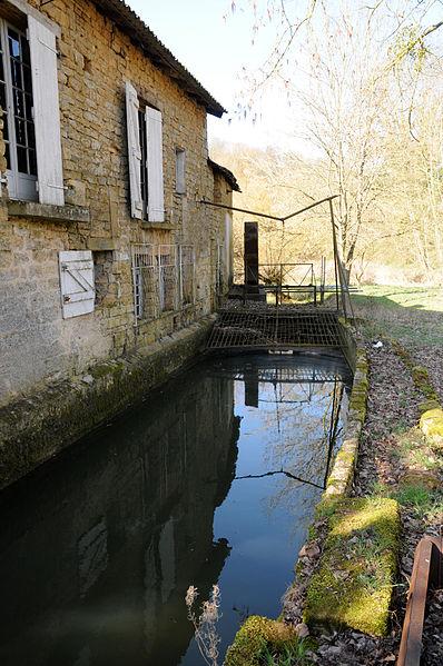 Ancien moulin à Bazeilles-sur-Othain.