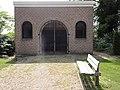 Bemmel (Lingewaard) baarhuisje NH kerkhof.JPG